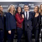 Thomas Thouroude entouré de Marie Portolano, Laurie Delhostal, Margot Laffite, Isabelle Ithurburu et Astrid Bard